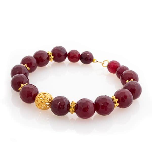Bracelet in hand-carved red agate