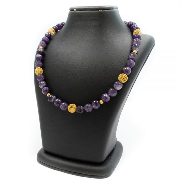 Necklace in amethyst and gold
