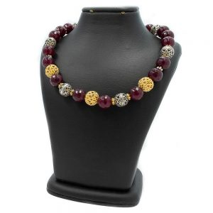 18 Karat Gold Agate Necklace with silver beads