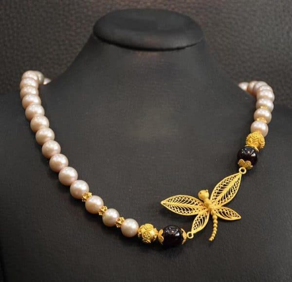 Dragonfly necklace online