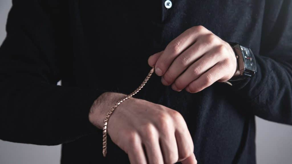 Men's gold chains and bracelets