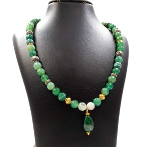 Necklace with a Green Malachite Pendant 1